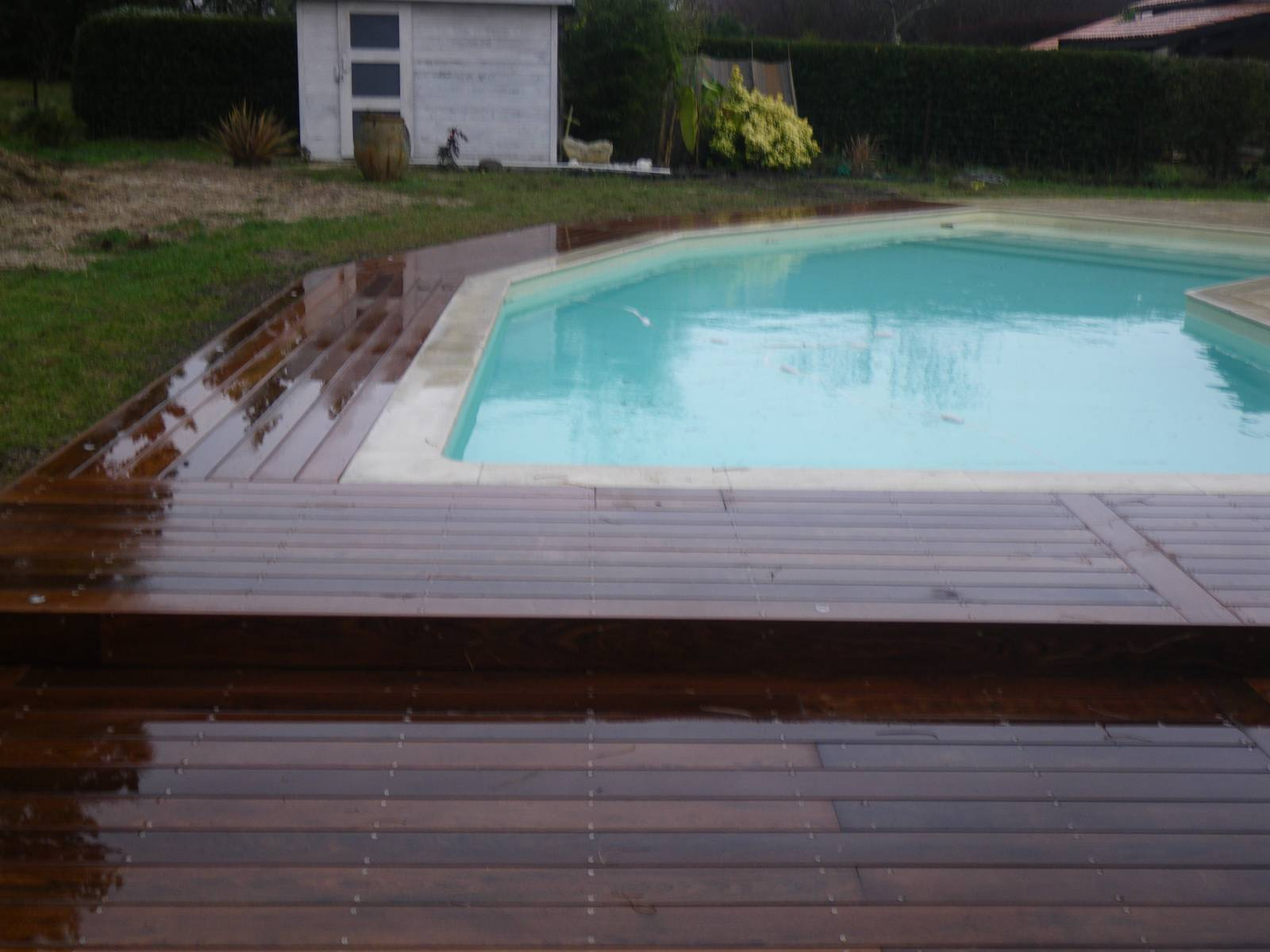 Quelques terrasse suppl mentaire en gironde et alentour for Alentour piscine