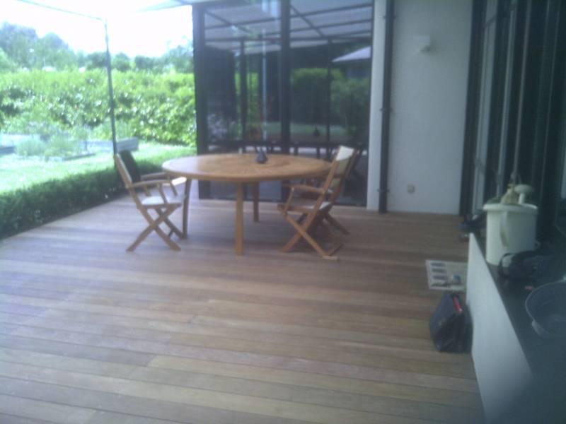 Pose De Terrasse En Bois Autour D Une Piscine Gironde Deck